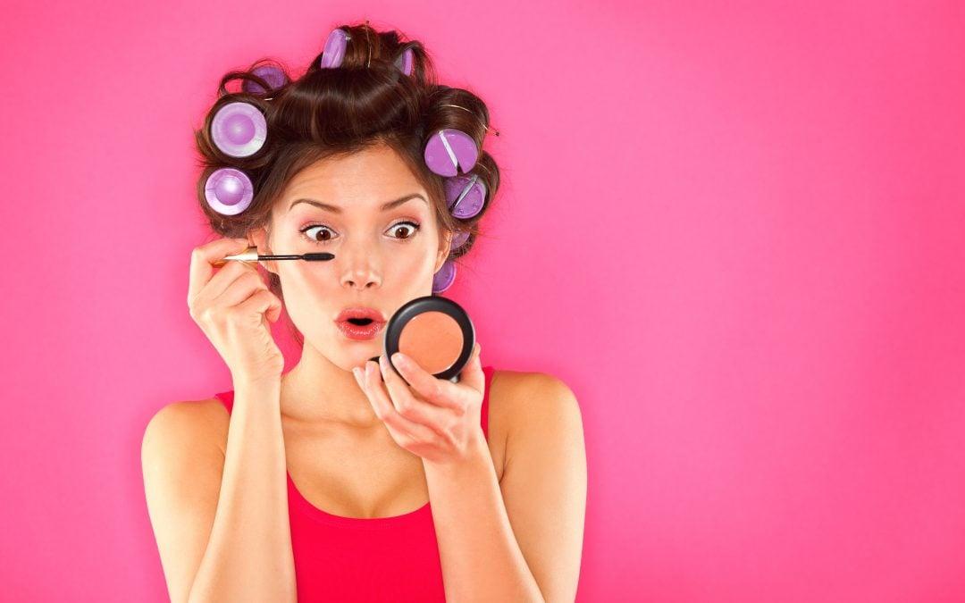 How to Apply Mascara Perfectly (10 beauty hacks!)