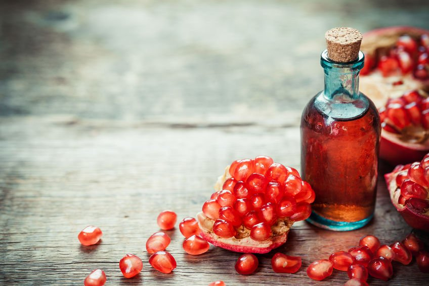 Pomegranate Seed Oil: 9 Amazing Benefits (plus, a DIY recipe)