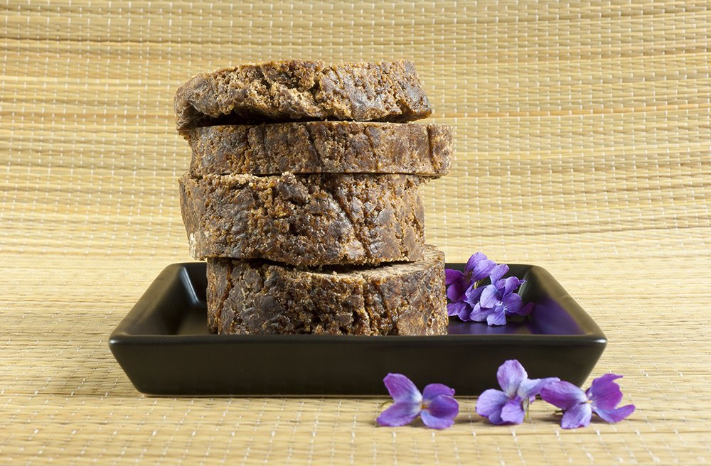 Raw African Black Soap: 9 Incredible Uses For Succulent Skin