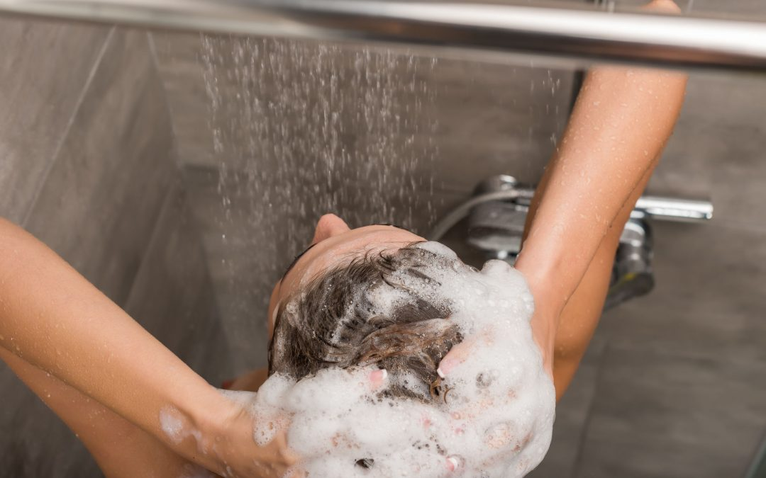 Hard Water Skin and Hair Effects: Is Your Tap Water Bad for Hair and Skin Care?