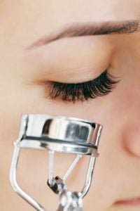 curling eyelashes | Beverly Hills MD