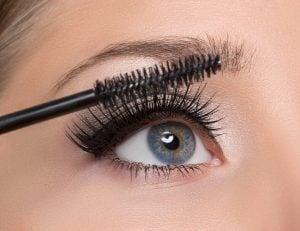 applying mascara   Beverly Hills MD