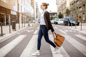 businesswoman walking | Beverly Hills MD